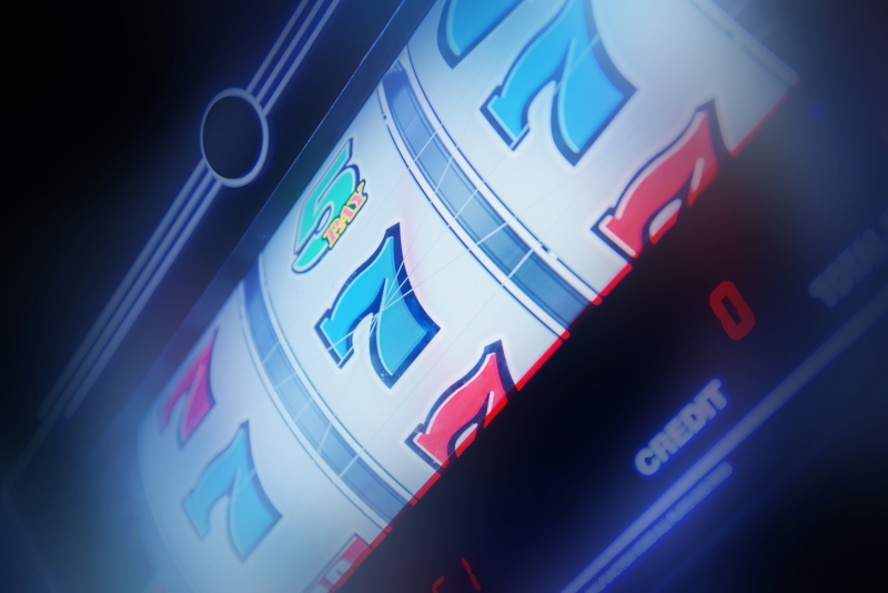12425191-slot-machine-spin